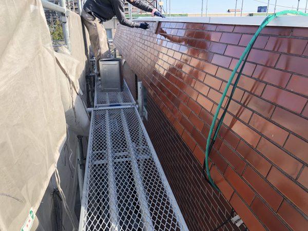 タイル塗装と外壁補修