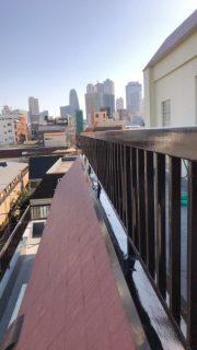 マンションのベランダ手摺り塗装、屋上手摺り塗装、鉄骨階段塗装